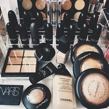 Cosmetics #16
