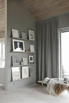 Domowa galeria z półek IKEA