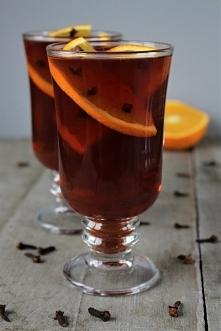Herbata z pomarańczą, goździkami i sokiem malinowym - dokładny przepis po kliknięciu w zdjęcie