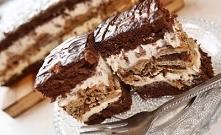Ciasto z wafelkową przekładką