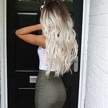 Czy któraś z was poleca jakąś farbę, by ze zwykłego blondu przejść na taką platynę jak na zdjęciu?