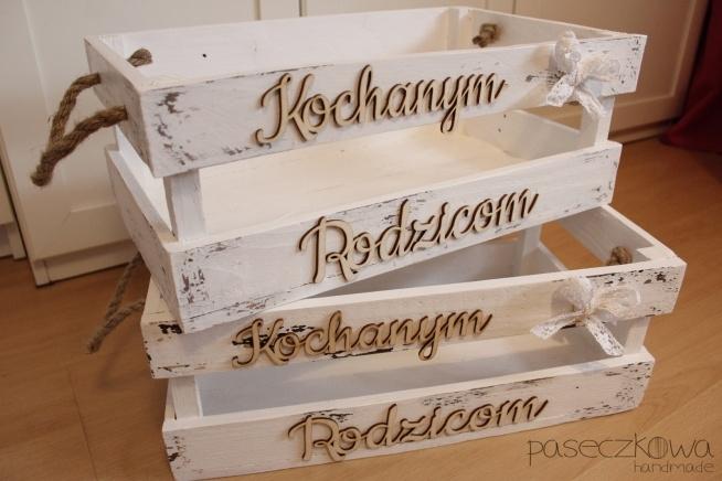 Skrzynia drewniana biała, przecierana Kochanym Rodzicom, podziękowania dla Rodziców na Ślub facebook: paseczkowa handmade ZAPRASZAM!!! :)