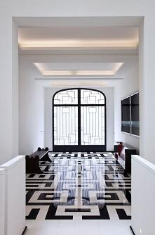 podłoga w korytarzu