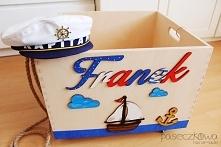 Skrzynia, pojemnik na zabawki z imieniem Franek. Bardzo pojemna, funkcjonalna, posiada obrotowe kółka oraz wycięte uchwyty z obu stron. Motyw żeglarski ucieszy każdego małego od...