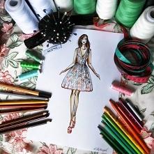 Indywidualny projekt rozkloszowanej sukienki w haftowane kwiaty. SOPSI