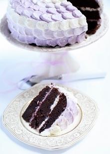 pastelowy tort czekoladowo-serowy