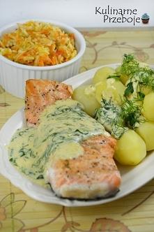 Składniki  Filet z łososia ok. 300-400g Śmietana kwaśna 18% do zup i sosów 20...