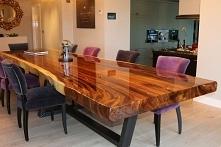 stół z surowego drewna