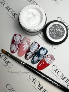 Fantazyjne zdobienia paint gelem Unique White i kilkoma ruchami pędzla nr 5,5