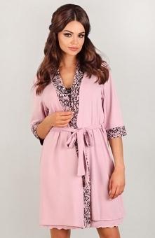 Lupoline 3008 szlafrok Śliczny wiskozowy szlafrok damski, wykonany z wysokogatunkowego materiału w kolorze różowym, pieknie dopasowuje się do każdej wielkości brzuszka