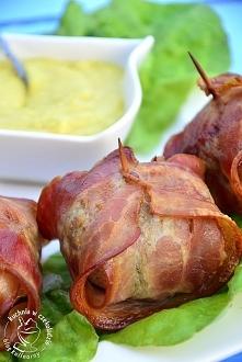Składniki:  8 pieczarek 200g mielonego mięsa wołowego 16 plastrów szerokiego ...