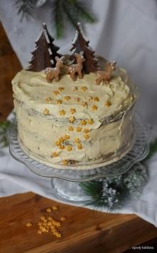 tort makowy z kremem ajerko...