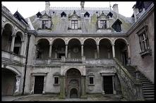 Zamek w Gołuchowie należy d...