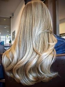 blond 3D