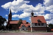 Kościół wybudowany w 24 godziny. To wierna kopia kościoła, który kiedyś stał w tym mieście. Do tego budowa kościoła w jeden dzień też już kiedyś była.