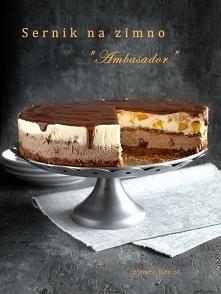 """""""Ambasador""""- sernik na zimno, gotowany  spód:      160 g herbatników kakaowych     50 g mlecznej czekolady  Spód można też zrobic z okrągłych biszkoptów moczonych w sł..."""