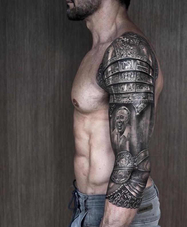 pancerz na ramieniu - tatuaże dla męż