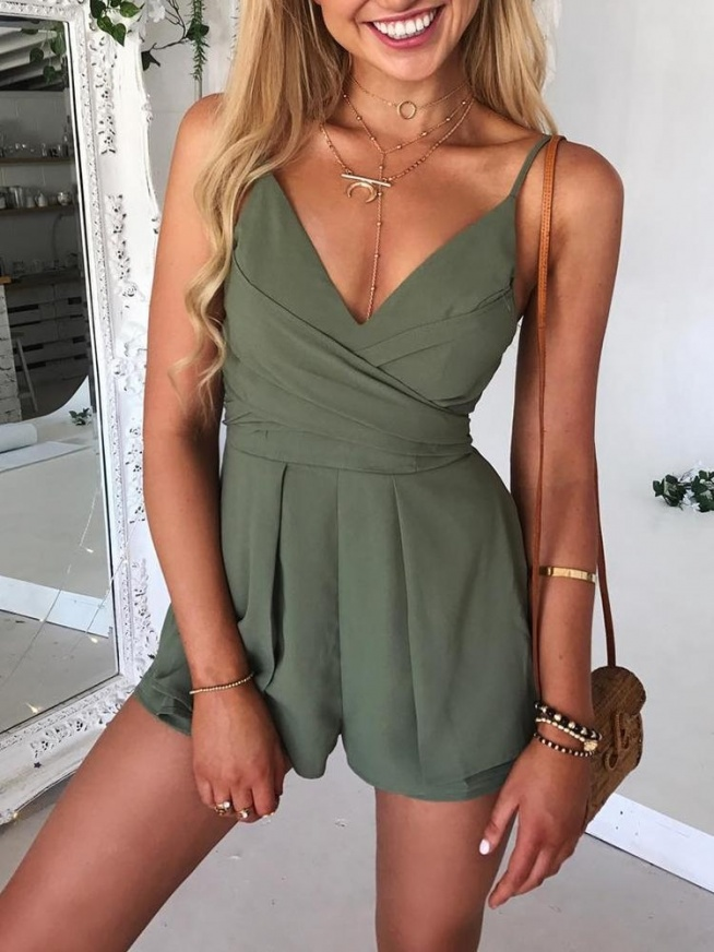 Deep V Ruched Belted Layered Slip Playsuit Rozmiar: S, M, L, XL Kolor: green