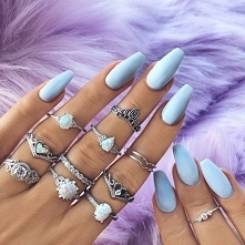 Lubicie knuckle rings?;)