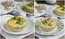 Tartaletki wiosenne z awokado, czosnkiem i serem feta, z dodatkiem brukselki i kiełków