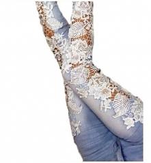 Modne, dopasowane spodnie j...