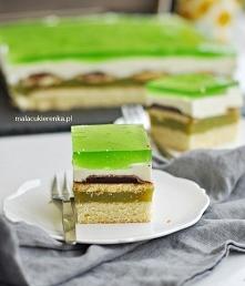 Ciasto Shrek z delicjami i sokiem owocowym. Przepis po kliknięciu w zdjęcie.
