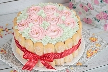 delikatny tort biszkoptowy ...