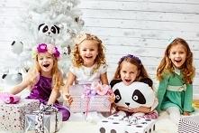 Praktycznie każda dziewczynka marzy, aby zostać księżniczką. Częstymi motywami przewodnimi dziecięcych zabaw są właśnie te, związane z zasiadaniem na tronie. Wiemy, że wyobraźni...