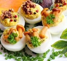 Jajka faszerowane w wersji ...