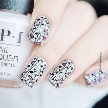 @whatsupnails B024 stamping plate @opisverige Lisbon Wants Moor OPI @beautybigbangs black and pink stamping polish  @opi_products #opi #opiproducts #lisbonwantsmooropi #opilisbo...
