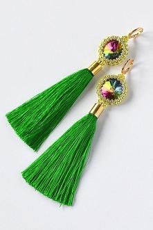 Kto kocha kolory? :) Pięknie mieniące się tęczowe kryształki z chwostem PAWI WACHLARZ. Zapraszam na fanpage facebook/baimi.kw