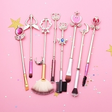 dla fanek Sailor Moon