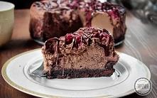 Sernik czekoladowy z wisniami