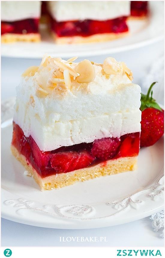 Ciasto kostka truskawkowa