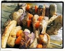 Szaszłyki rybne z selerem -...