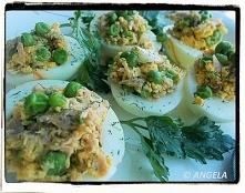 Jajka z farszem z tuńczyka i groszku - Hard-boiled Eggs Stuffed With Tuna &am...