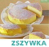 Ciasto Prosty przepis robi furorę! Potrzebujesz tylko 3 składników aby zaskoczyć wszystkich przepysznym, oryginalnym ciastem. Zobacz jak łatwo i szybko możesz upiec rewelacyjne ciasto. Potrzebujesz tylko 3 jajek, 120 g białej czekolady i 120 g kremowego twarożku. Oddziel białka od żółtek i schowaj je do lodówki. Rozpuść czekoladę nad gorącą wodą, a następnie wymieszaj ją z twarożkiem. Dodaj 1/3 ubitych wcześniej na sztywną pianę białek. Całość dokładnie wymieszaj, dodaj resztę białek i jeszcze raz wymieszaj tak, aby uzyskać jednolitą masę. Następnie przełóż ją do natłuszczonej wysokiej formy i piecz w temperaturze 170 st. Celsjusza. Po 15 minutach obniż temperaturę do 160 st. i piecz przez kolejny kwadrans. Po upieczeniu zostaw ciasto w piekarniku jeszcze na 15 minut, po czym wyciągnij je i zostaw do wystudzenia. Banalnie proste!