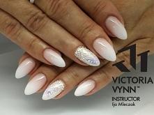 Gel polish Victoria Vynn 00...