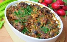 Mięso z szynki pieczone w plastrach we francuskiej marynacie