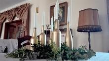 Złota dekoracja stołu z ksi...