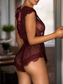 Eyelash Lace Plunge Tie Open Back Lingerie Rozmiar: S, M, L, XL Kolor: Wine red