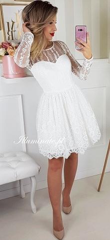 Piękna biała, koronkowa sukienka z kolekcji Illuminate świetnie sprawdzi się ...