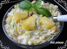 Sałatka z pora i ananasa  Składniki:  1 szt por biała część 2 jajka 3 łyżki k...