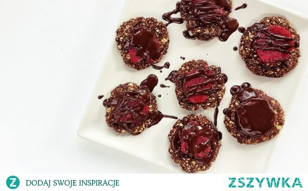 Proste, owsiane ciasteczka z galaretką i polewą czekoladową. Pyszne, zdrowe i bez pieczenia.