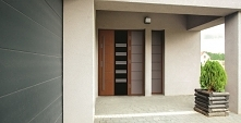 Solidne drzwi wejściowe
