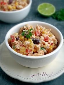 Sałatka meksykańska z kurczakiem i ryżem