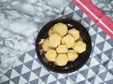 Pyszne, kruche, maślane ciasteczka w 20 min? Niemożliwe? A jednak! Sprawdź przepis na blogu Minimalistic Girl (wystarczy kliknąć w zdjęcie).