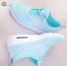 Help! dziewczyny ma któraś z Was buty Nike air Max thea i mogła by wyrazić op...