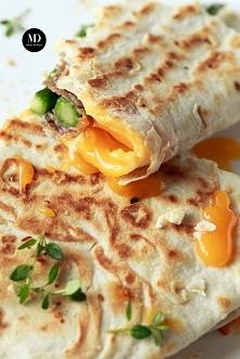 Tortilla (piada) ze szparag...