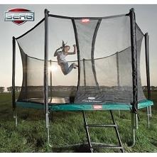 Akademia Berg - jak skakać na trampolinie?